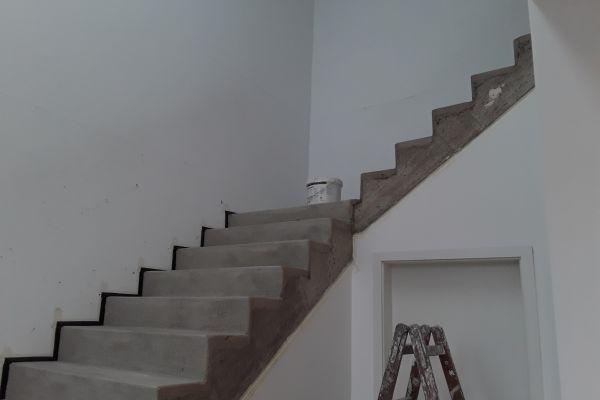 beton_cire_treppe_neuss2DCE96B2-8B46-7596-430E-735190FB0C23.jpg