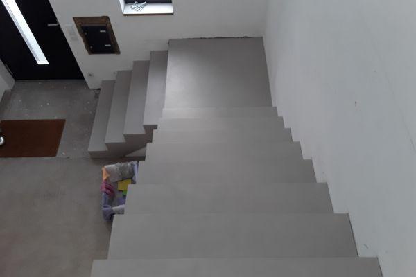 beton_cire_treppe_neuss_140F18535C-A322-EBD0-F18D-E84C4B11D47F.jpg