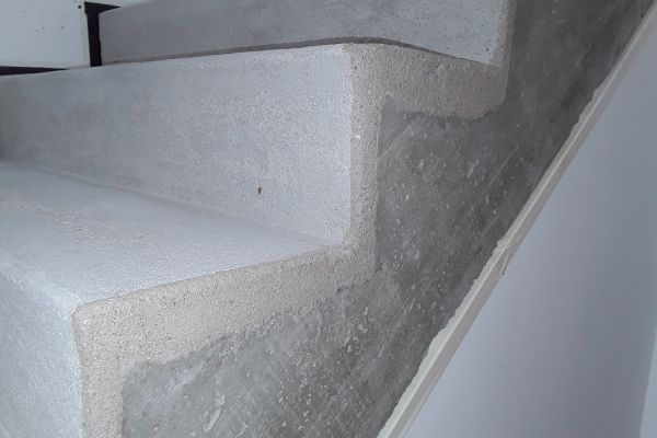 beton_cire_treppe_neuss_4C4D9B165-101F-6DAF-8528-6C723FD40DFE.jpg