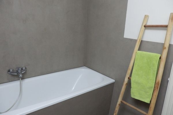beton-cire-badezimmer-kln-4115503C25-5425-9787-43F2-A8818C2D2B4B.jpg